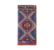 Mlavi Balkan collection wholesale fashion wallets with Mexican style pattern prints to gift shop, clothing & fashion accessories boutique, book store, souvenir shops worldwide.